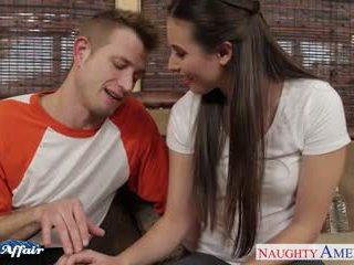 Sinfully brunete casey calvert jāšanās viņai kaimiņš