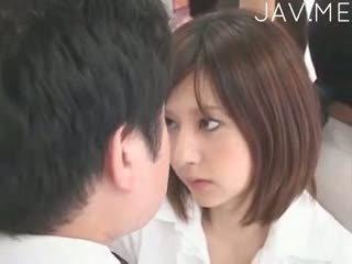 japonez, sânii mici, threesome
