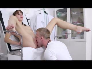 Lucka & डर्टी डॉक्टर: हार्डकोर एचडी पॉर्न वीडियो 28