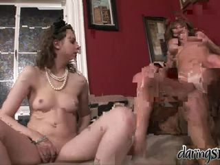 Mature porno étoile darla crane bumped à travail