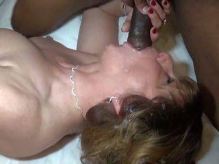 Възрастни loves тя черни solid sausage, hd порно a4