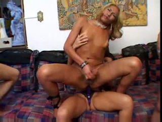 Shemail orgia vídeo