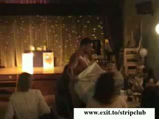 Public sexe mature alcoolisée filles vidéo