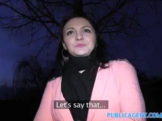 Publicagent черни haired мадама fucks към получавам fake modelling договор