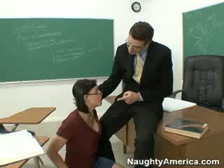 Suge mea boner și trece the clasă!