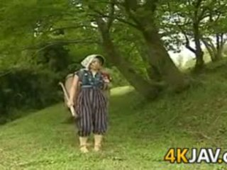 Vanem aastakäik jaapani keppimine outdoors