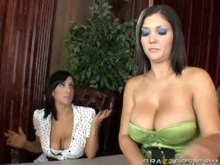 Claire dames și ricki wihte anal in trei video