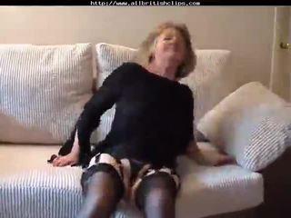 Чарівна британка бабуся gets трахкав amp does анал британка euro brit європейська cumshots ковтати