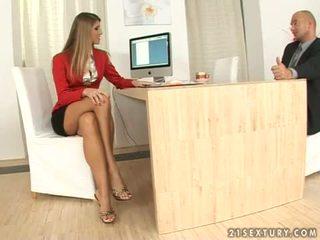 Jennifer kamień sekretarka robienie dobrze stopami