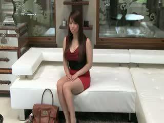 Tokyo picsa -val nagy cicik baszás tovább kanapén