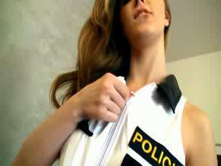 Dangerous полиция жена