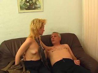 Rubia gets peluda coño pounded