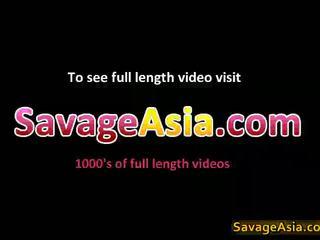 Seksikas aasia teismeline stripping