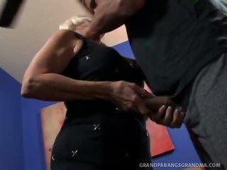 To boobie bà vikki vaughn likes coarse to con gà trống giới tính
