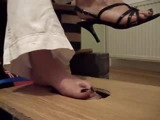 babes, fétichisme des pieds, femdom