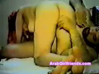 Amatér skrytý vačka video s arabského modelu s pony ocas sání mastný guys dong