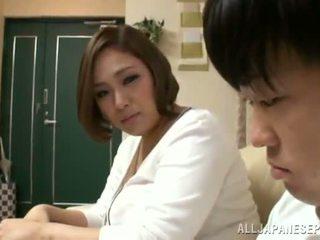 Reiko yumeno pleases μερικοί άνθρωπος σχεδόν ένα wonderful βυζομαλακία