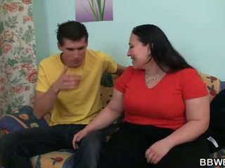 المرأة الجميلة كبيرة bet: horney guy seduces و rams المرأة الجميلة كبيرة