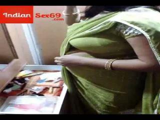 Індійська матуся мати великий соковита титьки