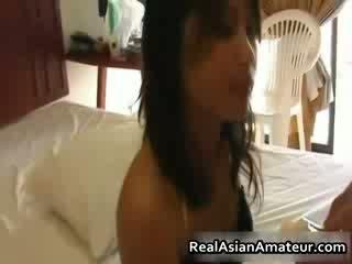 Lil asiática cona fodido e ejaculações facialed
