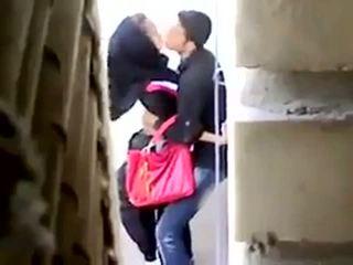 Arab pohlaví chycený na camera