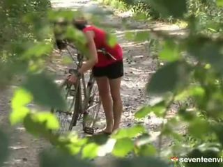 Hatdcore screwing dentro o floresta