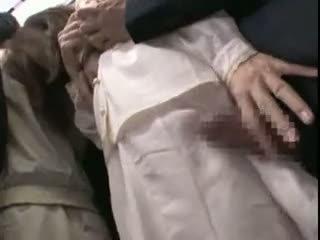 Innocent teengirl apgraibytas iki stranger apie the subway