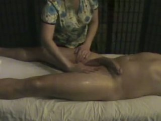 Masāža institūts masseuse takes rūpes no a liels whi