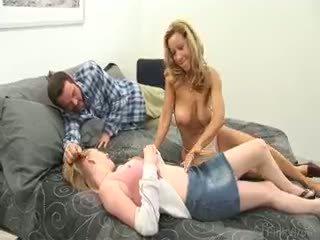 skupinový sex, veľký veľké prsia skontrolovať, sledovať výstrek