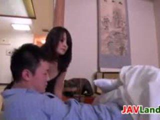 Japonez nevasta de casa pleasuring ei sot