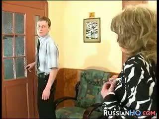 ยาย, เก่า + หนุ่ม, ชาวรัสเซีย