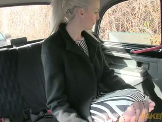 Blonde amateur creampie jizzed in a taxi