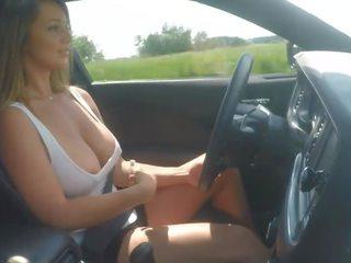 बड़ा, बड़े स्तन, स्तन