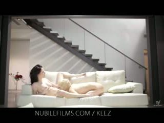 Aiden ashley - nubile filme - lesbisch lovers aktie süß muschi juices
