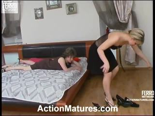 Mix of movs by action matures
