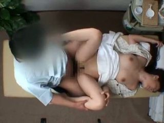 Mosaic; reluctant kone seduced av masseur