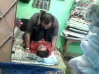 Dojrzała napalone pakistańskie para enjoying krótki muslim seks session