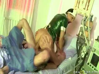 Video- av sjuksköterska has kön med dude