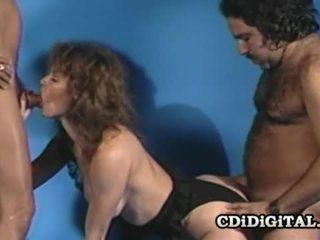 Aja รีโทร ผู้หญิงสวย ระยำ โดย two throbbing dicks