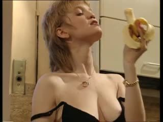 Housefrau
