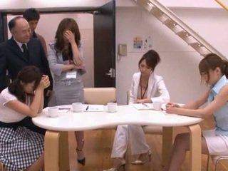 Japonez av model taking pocket rocket