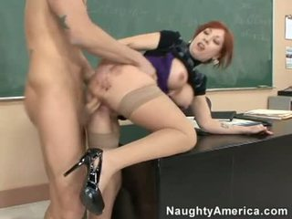 Brittany oconnell getting pounded 에 그녀의 뒤에 doggyway