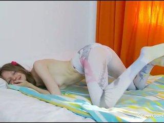 Sexy massage with girlfriend