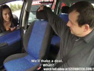 Zoccola milf ottenere paid per auto cazzo