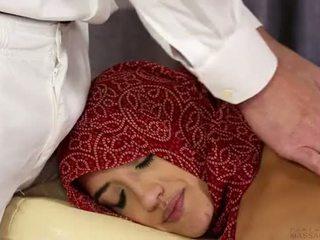 Aldatılan boşalma örtülü sikme sıcak arab muslim kızlar jihad nikah itibaren islamic devlet - isis