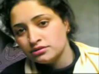 Indisk kashmiri flicka giving avsugning och knull med bf