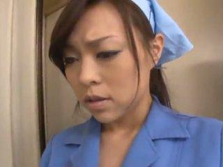 Китайски janitor reiko nakamori eats изпразване докато shagging в а band bonk