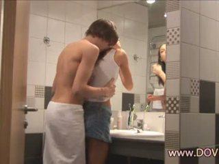 Vroče seks v the kopalnica
