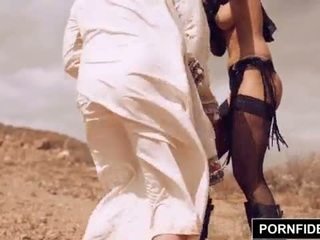 Pornfidelity karmen bella captures 白 公雞 <span class=duration>- 15 min</span>