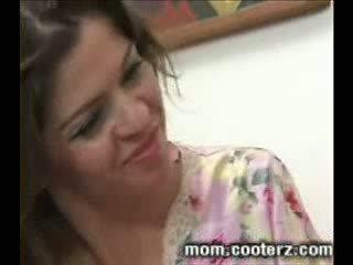 Heiße Mutter